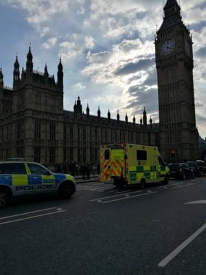 Atac la Londra: Mari brese de securitate la Parlament, despre care se stia. Premierul era in cladire