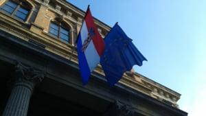 Criza imigrantilor: Croatia, aproape de inchiderea completa a granitei cu Serbia - presedintele, apel la armata