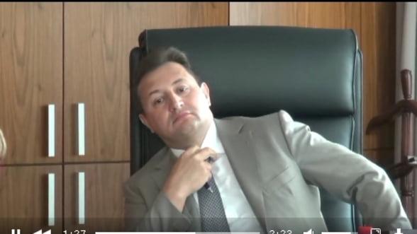 VIDEO Vezi filmul flagrantului in care seful filialei Societe Generale Rusia a fost prins cu mita