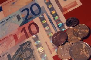 """""""Impozitarea depozitelor bancare elimina avantajul competitiv in fata fondurilor mutuale"""""""