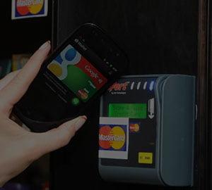 """Platiti cash sau Google?"" Cum functioneaza portofelul Google"