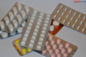 """""""Romanii iau medicamentele ca pe bomboane"""". 200 de milioane de cutii fara reteta au fost vandute anul trecut"""