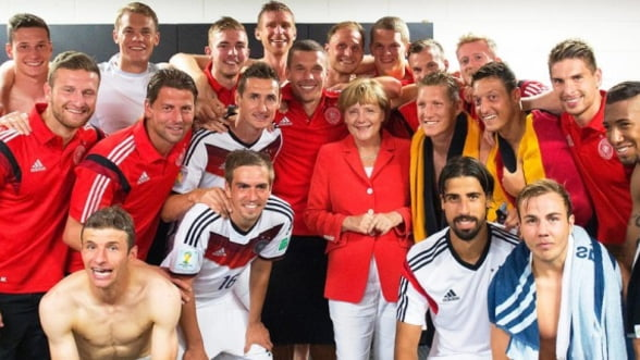 """Selfie"", vedeta Cupei Mondiale de Fotbal"