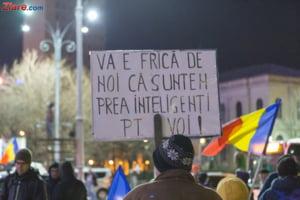 LIVE Romanii ies masiv in strada in toata tara, dar si peste granite: Nu vrem sa fim o natie de hoti!