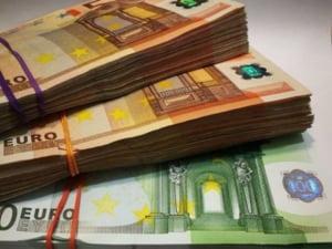 Curs valutar: Euro creste spre nivelul de 4,78 lei