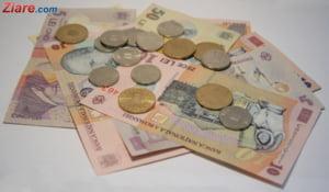 Curs valutar: Euro si dolarul cresc. Lira sterlina, la cea mai mica valoare din ultimele 7 luni
