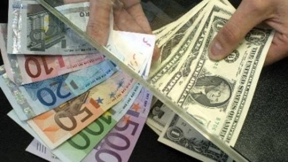 Curs valutar. Leul pierde teren in fata principalelor valute