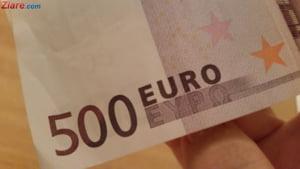 Curs valutar: Euro scade la inceput de august, dar dolarul creste simtitor