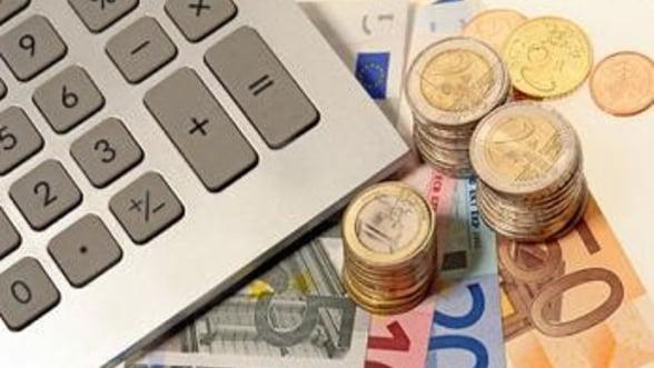 Curs valutar: Euro testeaza pragul de 4,4 lei