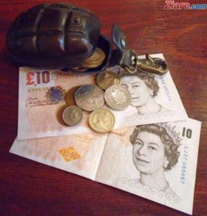 Curs valutar: Lira sterlina a ajuns la cel mai scazut nivel din ultima luna