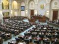 Revizuirea Constitutiei. Presedintele definit ca sef al statului, cu mandat redus la 4 ani