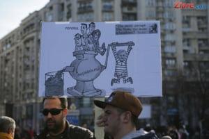 LIVE Ziua celui mai mare protest. Parintii au venit cu copiii, din nou, la Guvern