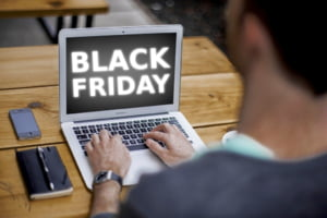 Black Friday 2020 Care sunt cele mai mari si mai ciudate reduceri din acest an. Un avocat te invata la ce trebuie sa fii atent
