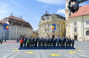 LIVE Liderii UE s-au declarat uimiti la Sibiu de cat de calduros i-au primit romanii. Mesaj de sustinere pentru Kovesi (Foto & Video)