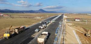 VIDEO Cum a fost testat podul de 300 de metri de pe autostrada Comarnic-Brasov: camioane de 40 de tone cu acceleratia la podea