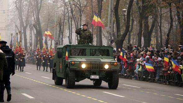 1 DECEMBRIE: Peste 2000 de militari si 35 de aeronave, parada de Ziua Nationala. Programul festivitatilor