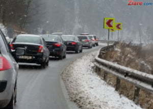 1 Decembrie in coloana pe Valea Prahovei - vezi cum se circula pe DN1