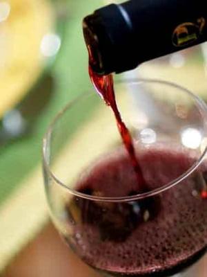 100 mil euro, pierduti anual din cauza pietei negre a vinului
