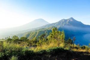40.000 de evacuati in Bali, de teama vulcanului Agung. Ultima data a ucis 1.600 de oameni