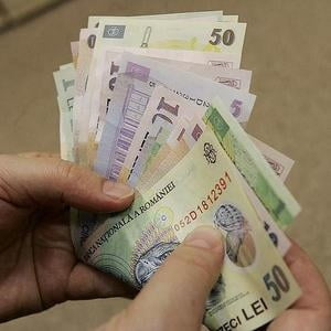 70% din romani sunt nemultumiti de salarii, dar se fac ca muncesc