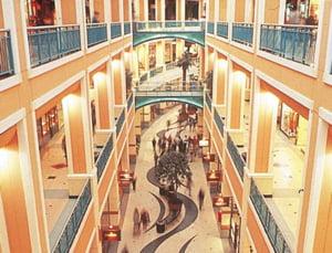 8 malluri, 1.000 de spatii libere pentru magazine