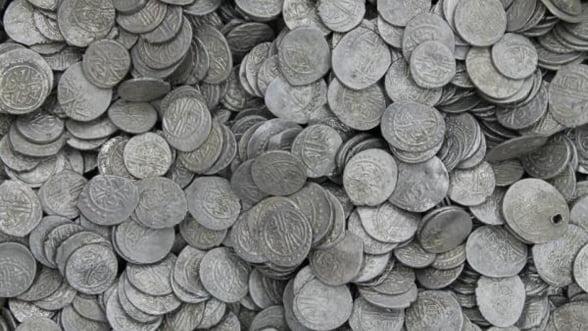 A fost descoperit cel mai mare tezaur monetar din argint din Romania