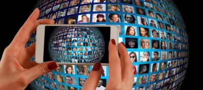 A inceput Mobile World Congress de la Barcelona. Evenimentul nu este scutit de tensiuni politice