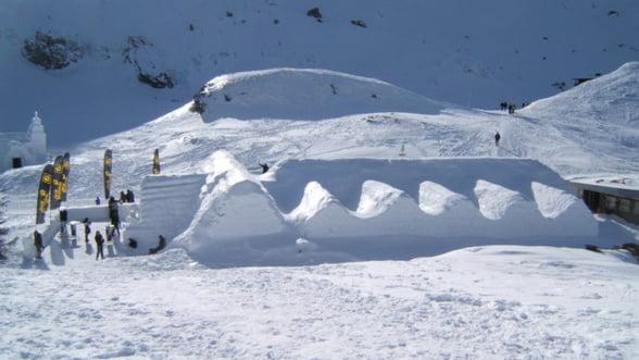 A inceput constructia hotelului de gheata de la Balea lac