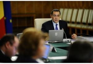 """AFP: Premierul Ponta, cel mai nou """"trofeu"""" al luptei anticoruptie din Romania"""