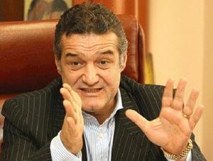 ANAF verifica la locuinta lui Becali daca acesta are de platit TVA din afacerile imobiliare