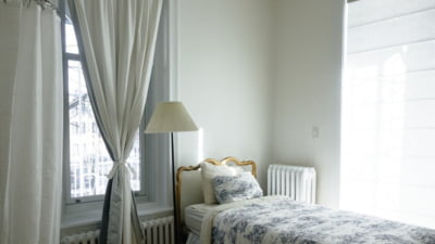 ANALIZA Preturile apartamentelor au scazut usor in februarie. Locuintele noi, mai grav afectate