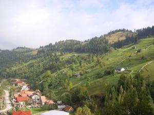 ANAT: Circa 60.000 de romani au petrecut Pastele in Romania, iar alti 15.000 in strainatate