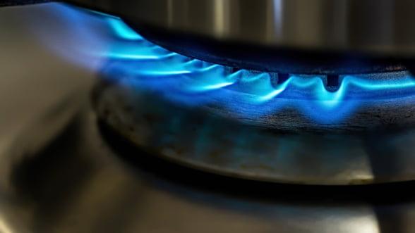 ANRE: Piata de gaze va fi complet liberalizata la 1 aprilie 2021, iar cea de electricitate la 1 iulie 2021, inclusiv la consumatorii casnici