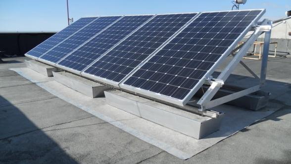 ANRE a acordat autorizatii de infiintare pentru 12 noi proiecte fotovoltaice