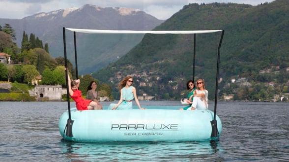 Accesorii de vacanta: Relaxeaza-te pe salteaua cu piscina interioara!