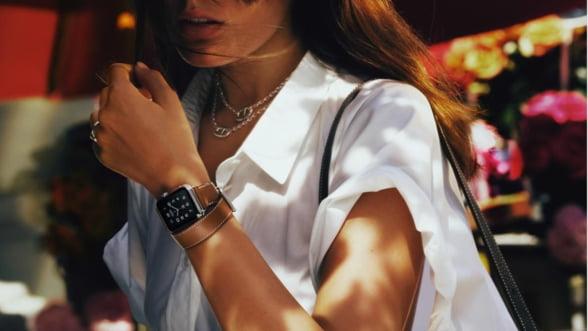 Accesoriul anului: Se poarta smartwatch-ul de lux