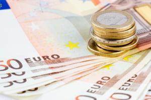 Accizele vor fi calculate la un curs valutar de 4,2655 lei/euro