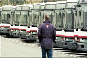 Achizitia autobuzelor noi a fost blocata din nou