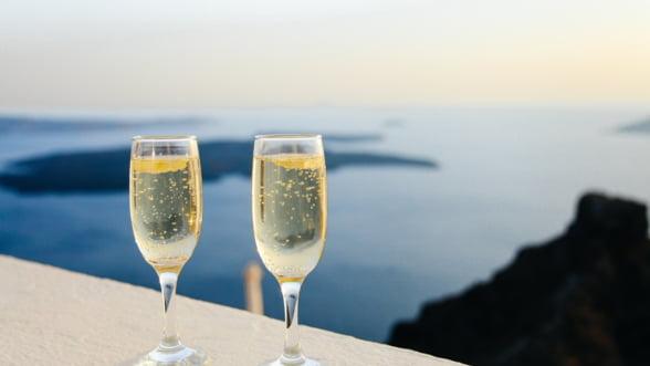 Acord UE-China pentru protejarea a 100 de indicatii geografice, inclusiv Champagne si vinurile de Cotnari