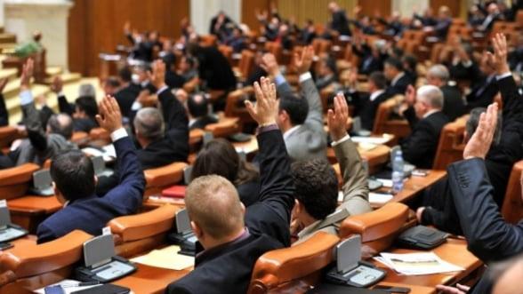 Acordul de imprumut de 2 miliarde de euro incheiat cu UE in noiembrie a fost aprobat