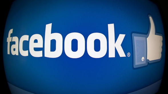 Actiunile Facebook, incluse in indicele bursier S&P 500
