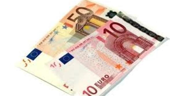 Activitatea de creditare in zona euro a continuat sa scada si in luna decembrie
