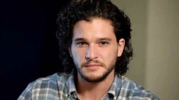 "Actorul Kit Harington, Jon Snow din ""Urzeala tronurilor"", nu are voie sa se tunda"