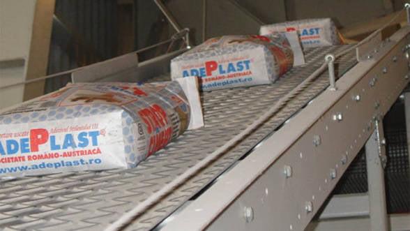 AdePlast se listeaza la bursa pentru a atrage intre 13 si 15 milioane de euro