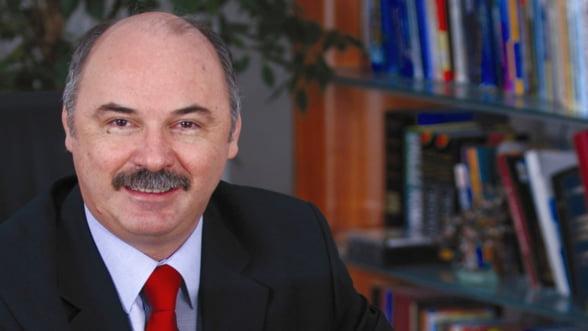 Administrarea marilor averi in epoca profesionalizarii - Opinie Ionel Blanculescu