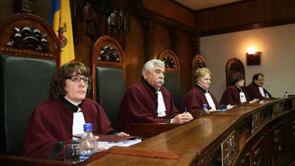 Adoptarea bugetului pentru 2013: Dezbaterile se reiau miercuri