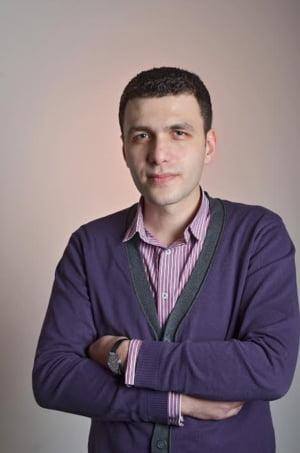 Adrian Ichim, Advanced Ideas: Ne relaxam matematic