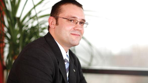 Adrian Pascu, Porsche: De la pasiunea pentru masini, la business