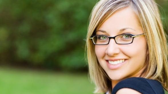 Ai renunta la ochelari pentru lentilele de contact?