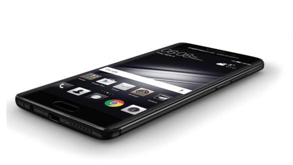 Ai vazut noul smartphone Huawei in stil Porsche?